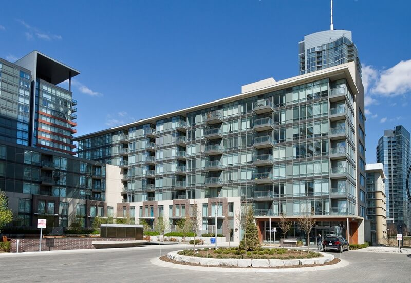 The Gallery Condos – 15 Brunel Court